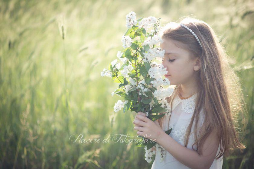 bambini e fiori fotografo roma ann