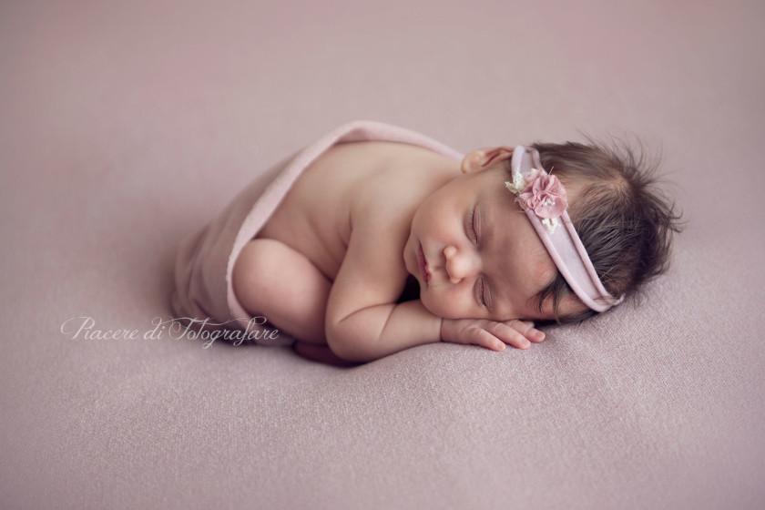 fotografie neonata roma gre