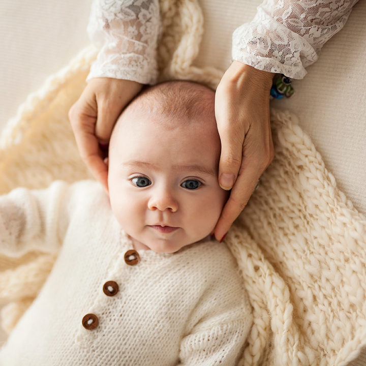 Iris, 8 mesi