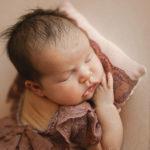 neonata-con-sorellina-fotografo